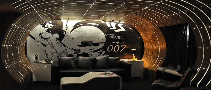 World s most extraordinary hotel rooms holidays please for 007 room decor