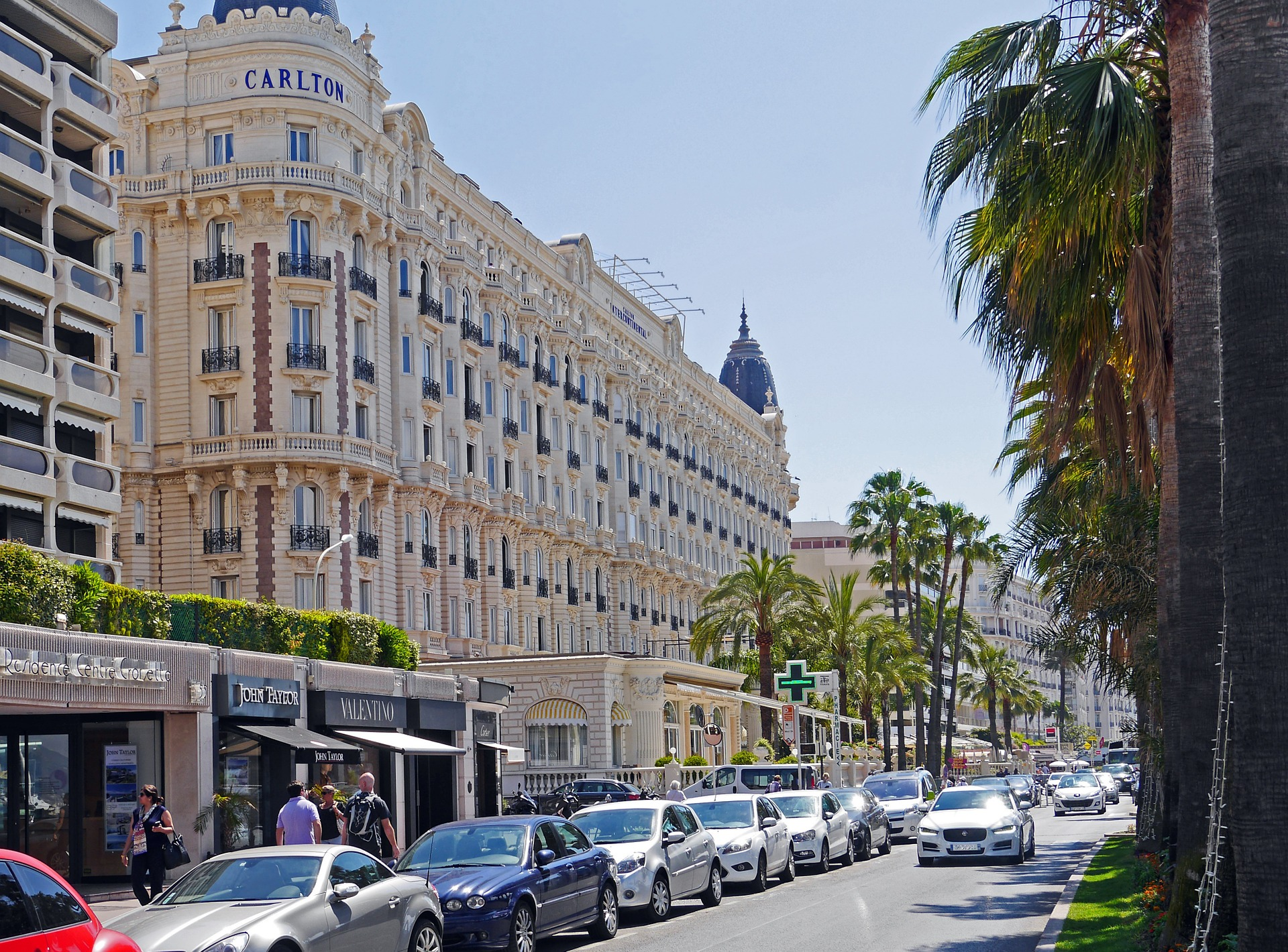 cannes-1436097_1920