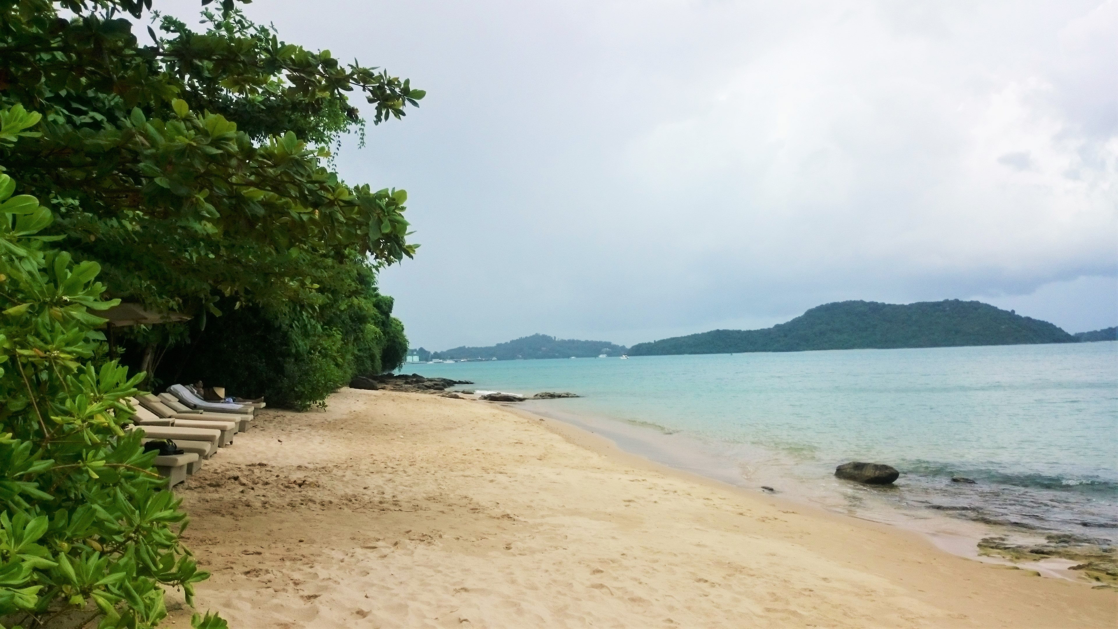 amatara-beach-area-dsc_0168
