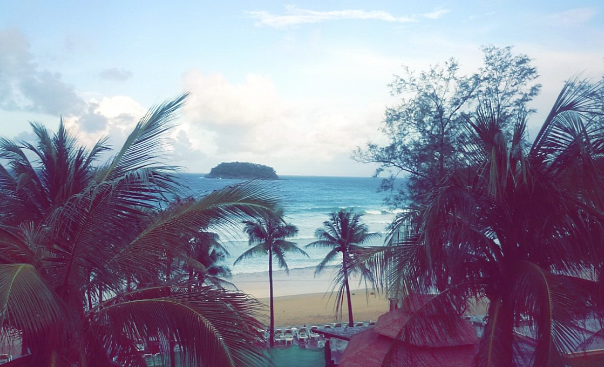 kata-beach-room-view-snapchat-5230751442911894080